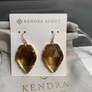 RETIRED! Kendra Scott Brown MOP Corley Earrings